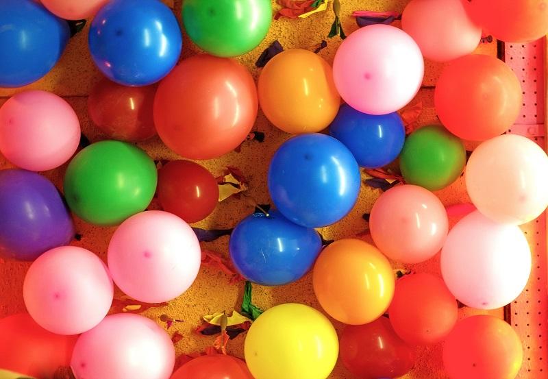 balloons background_zkQzNnD