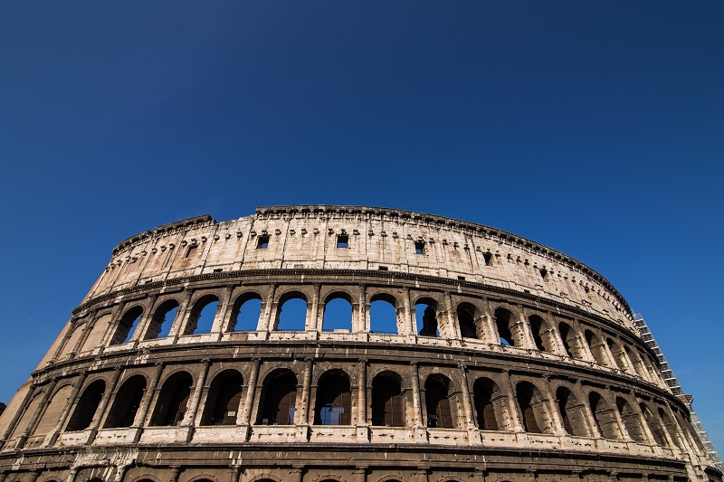great colosseum rome italy_HvLwuy_2Ml