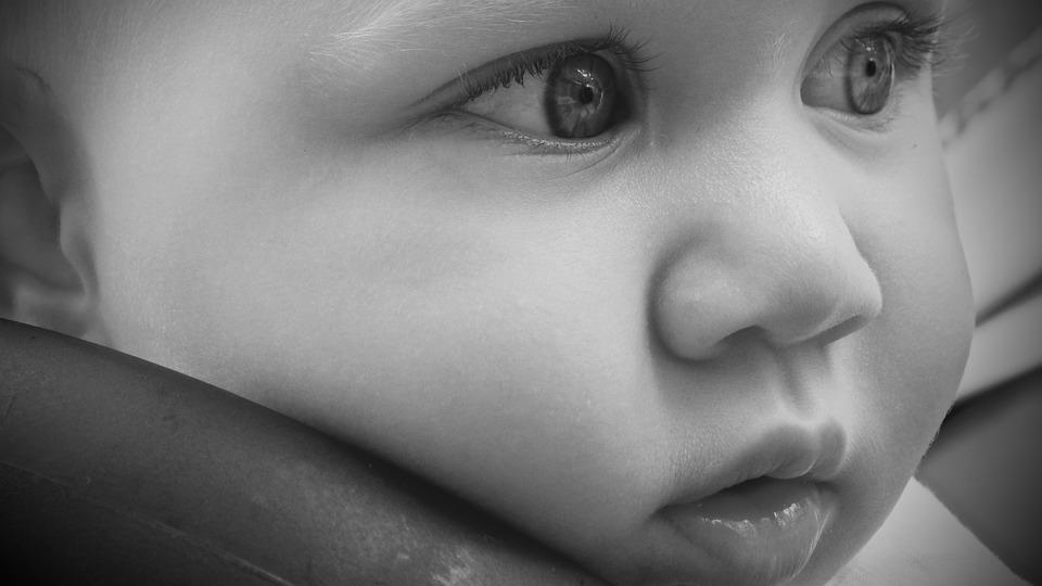 child 1542125_960_720