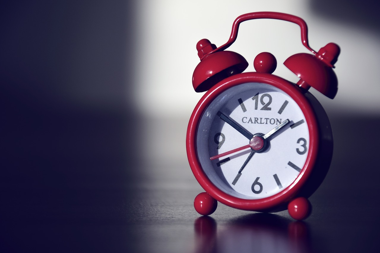 alarm-clock-590383_1280