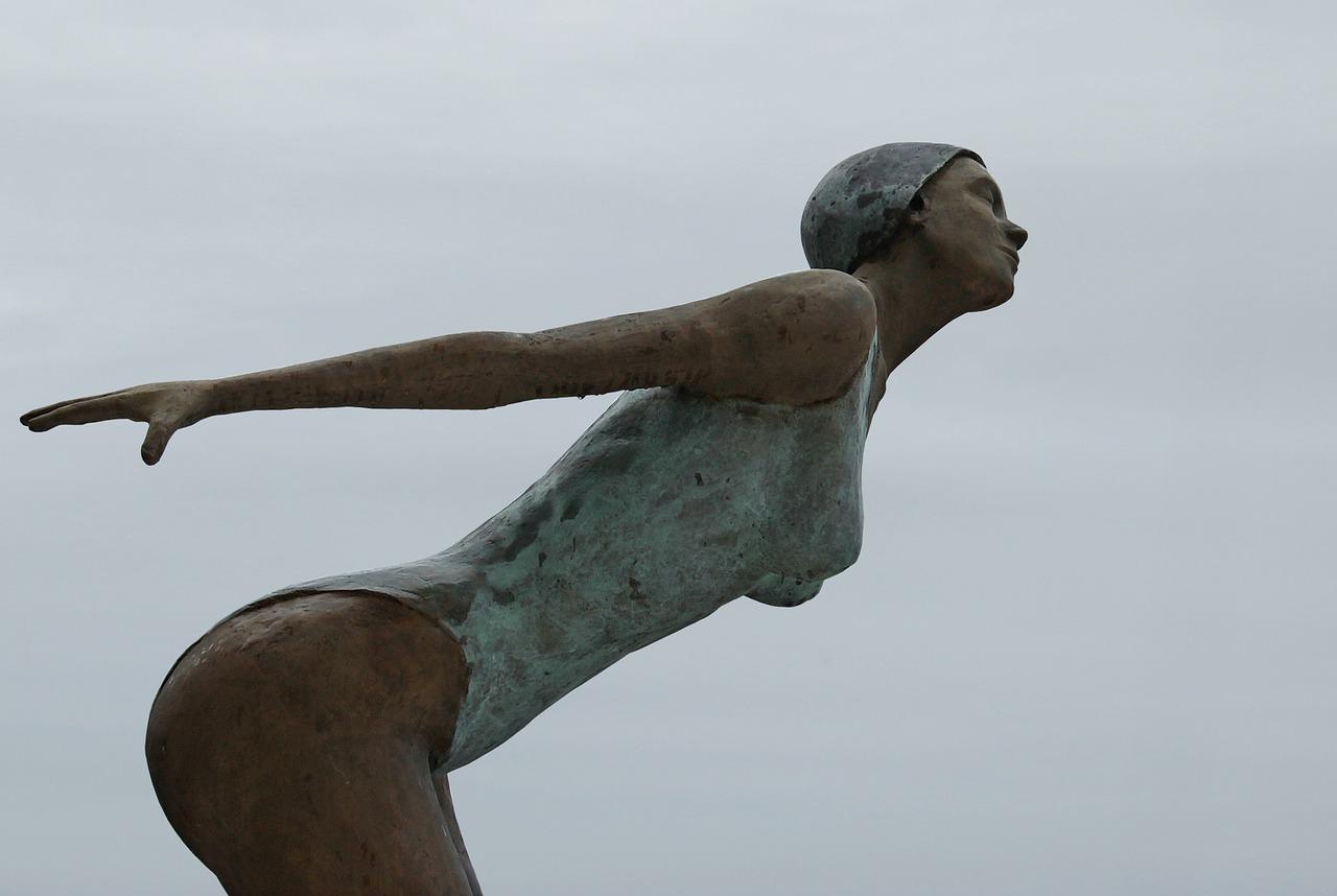 sculpture-3071949_1280