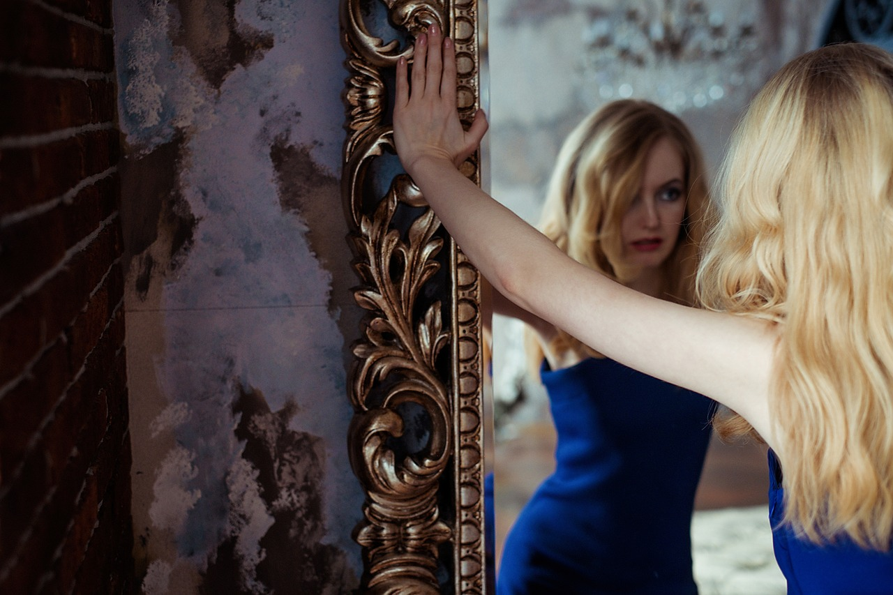 Woman Portrait Grown Up Blonde People Mirror