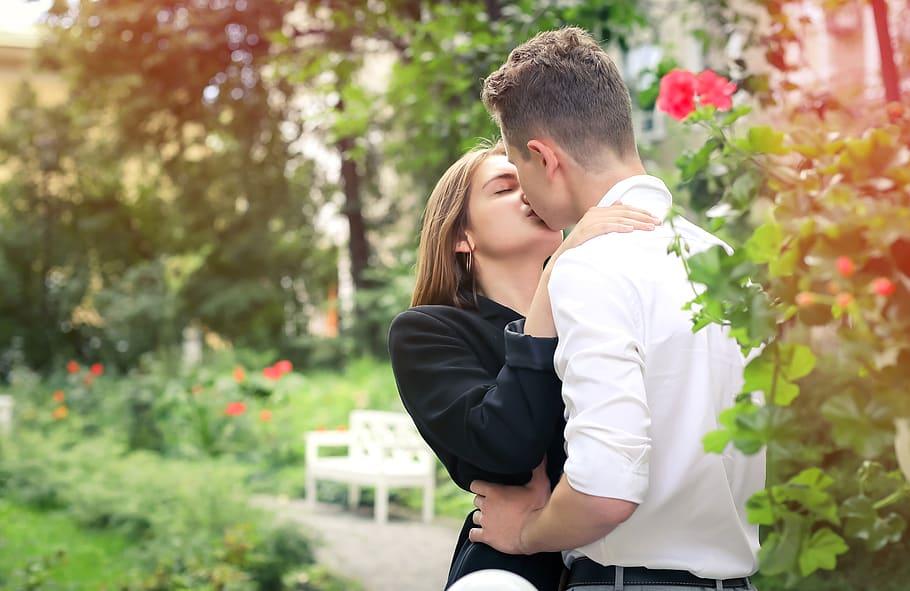 kiss-love-tenderness-romantic-couple-relationship